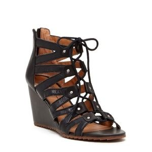 🆕️DV by dolce vita black lace up gladiator wedges